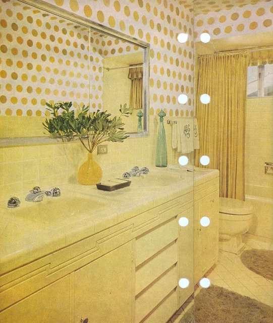 better homes garden 1960's vintage bathroom yellow wallpaper