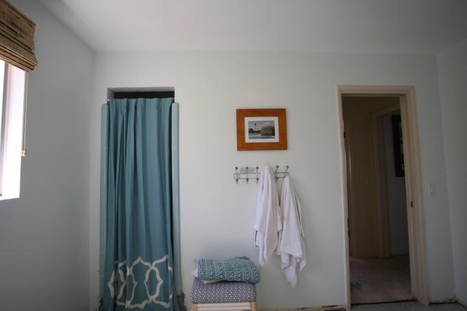 blue bathroom vintage