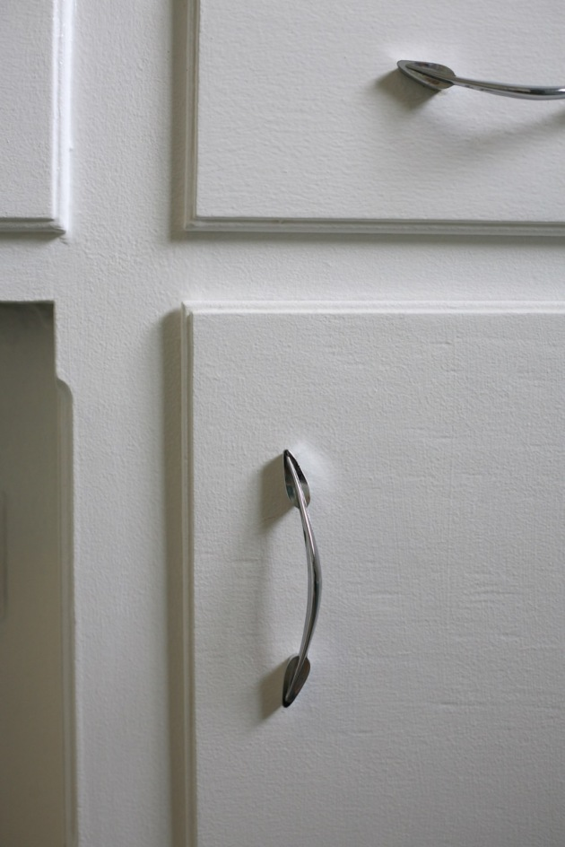 mid century cabinet door knobs pulls silver leaf vintage handles