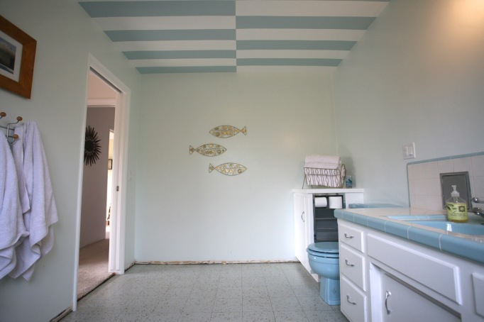 mid century blue bathroom striped ceiling white vintage retro