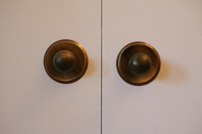 mid century knobs cabinets