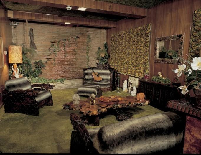 Graceland Elvis House Interior Jungle Room Witco