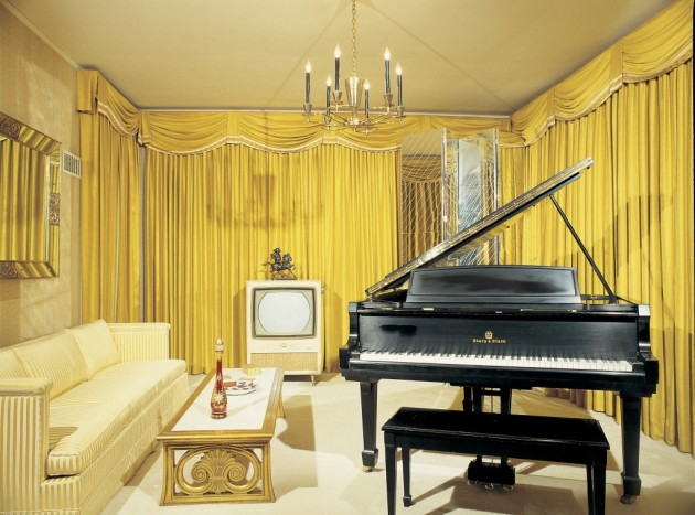 Graceland Elvis House Interior Music Room Piano Yellow Curtains