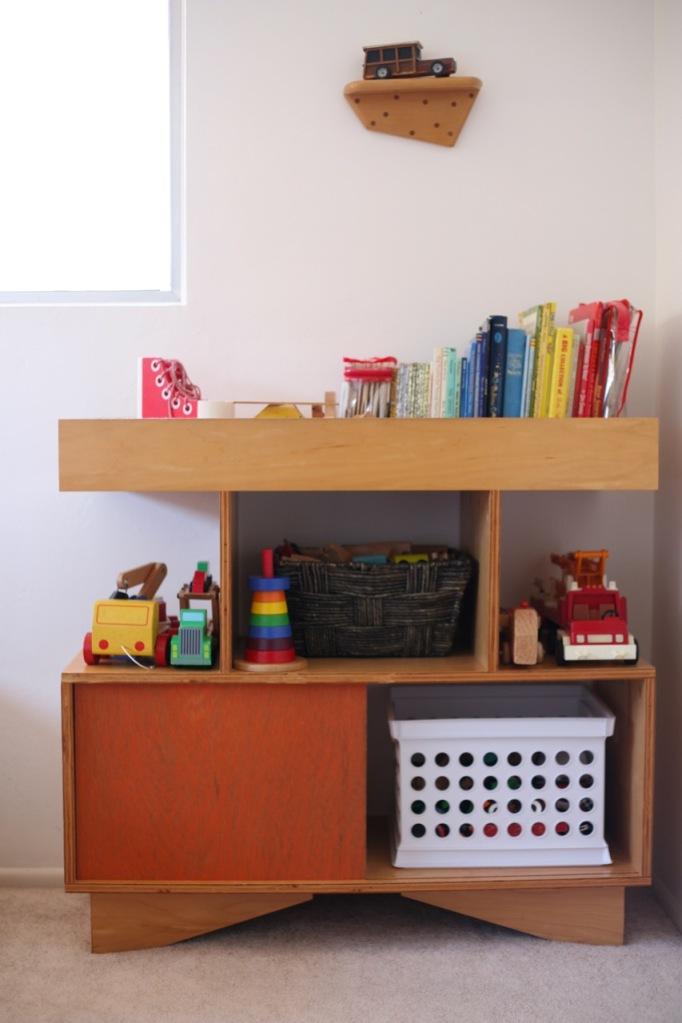 Modern Changing Table nursery wood toy shelf Netto Loft children kids room bookshelf books plywood DIY