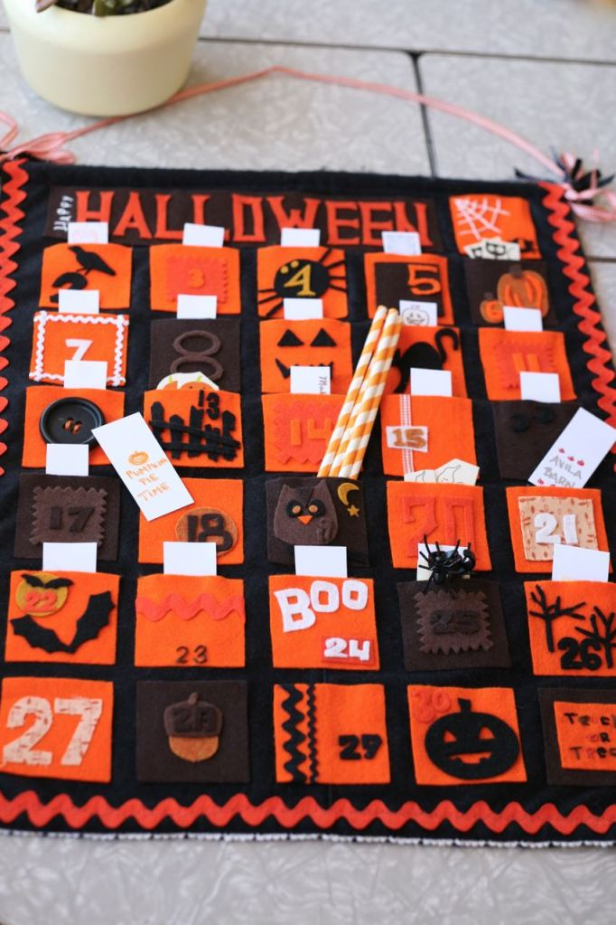 Halloween Calendar Countdown Advent Felt DIY Homemade October Fall
