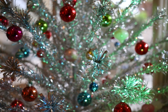 Aluminum Christmas Tree Color Wheel Blue Green Light