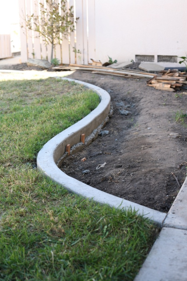 curb backyard curve