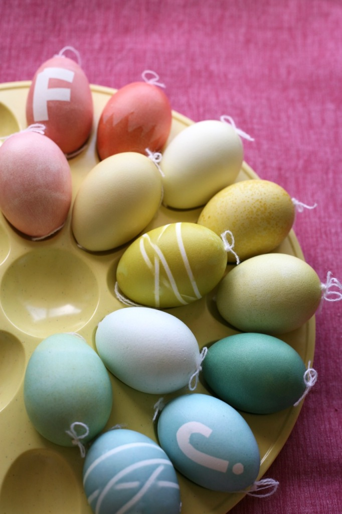 easter eggs tape rubberband