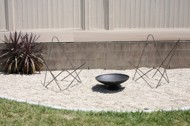 mid century butterfly chair frames firepit backyard