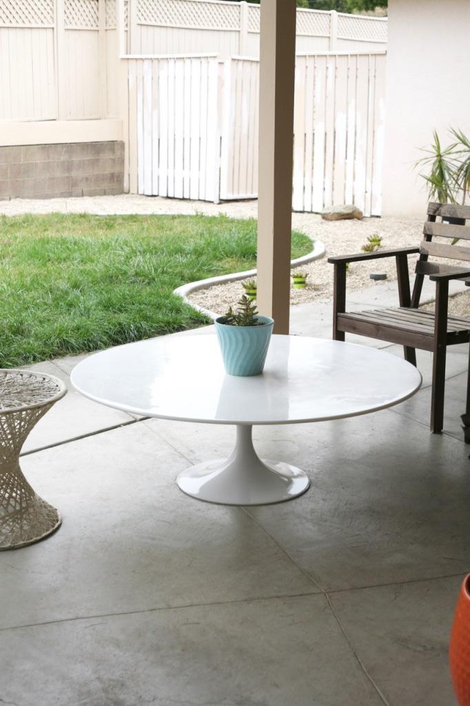mid century tulip table coffee patio saarinen burke white