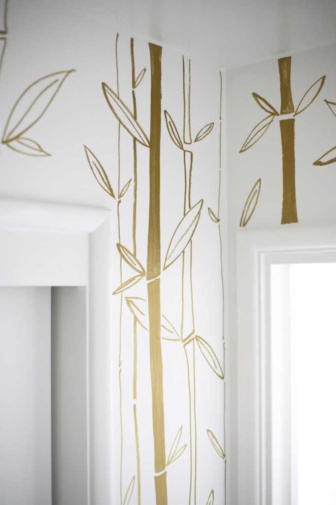 diy painted wallpaper bamboo gold white closet