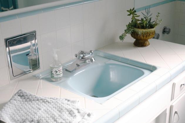 Vintage Blue Bathroom Suburban Pop