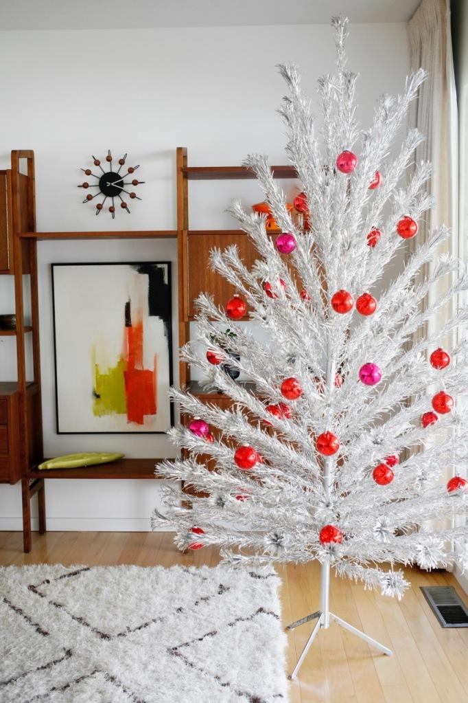 aluminum christmas tree vintage red pink shiny brite ornaments evergleam